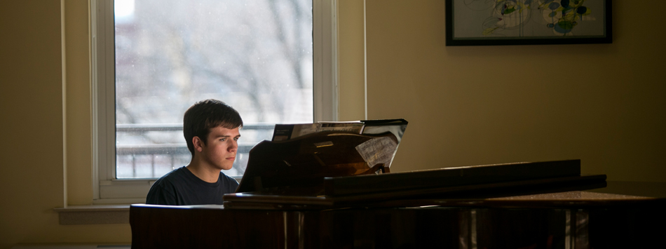 WKU student playing the piano