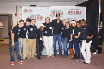 CAB Members with Luke Bryan at WKU's 2012 Homecoming Concert