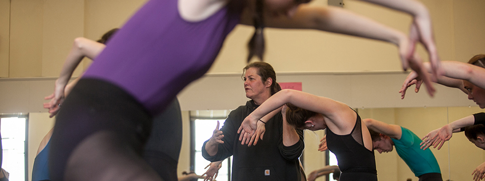 Master Class provided by Denise Vale of the Martha Graham Dance Company, photo by Bryan Lemon