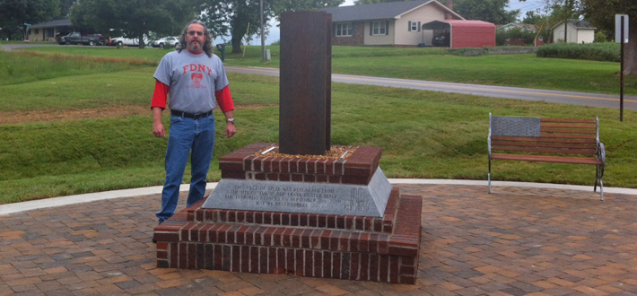 A memorial to honor 343 firefighters who lost their lives on 9/11 was dedicated today at the Richardsville Volunteer Fire Department. WKU faculty member Neal Downing and his students designed the memorial that includes a 4-foot section of a steel beam recovered from the World Trade Center. Click image for more.