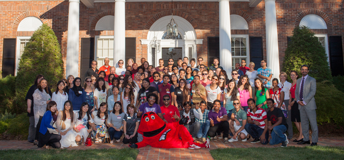 WKU welcomes our new international students to the Hill!