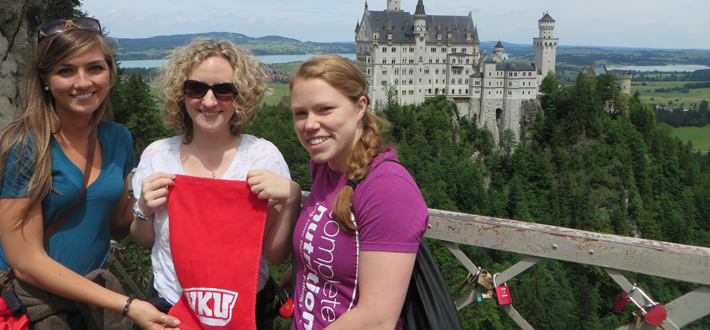 Dr. Amy Brausch from Psychological Sciences and students, Mandi Martin and Shannon Boone, recently presented their research on self-injury behaviors in youth at the annual meeting of the International Society for the Study of Self-Injury in Heidelberg, Germany.