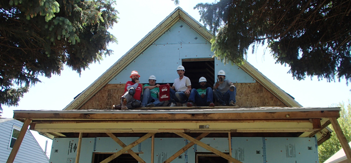 WKU's Habitat for Humanity Campus Chapter sent a volunteer group to Omaha, Nebraska last week (May 18-23) to assist with building homes.