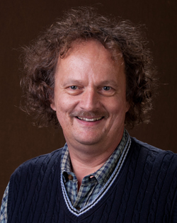 Dr. Claus Ernst