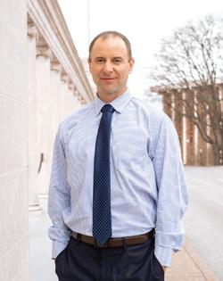Dr. Craig Martin