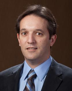 Dr. Nielsen Pereira