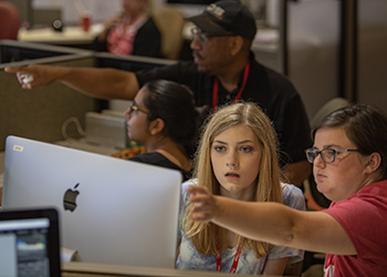 Xposure Workshop provides immersive journalism experience for students