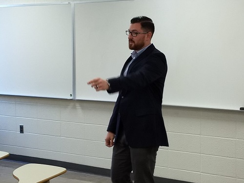 State representative candidate Ben Lawson visits students