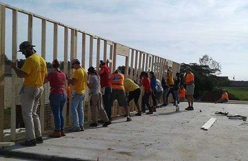 Habitat for Humanity Campus Chapter to spend fall break in Madisonville