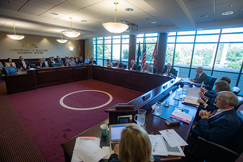Board of Regents to hold retreat Aug. 1, quarterly meeting Aug. 2