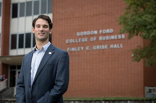WKU alumnus returns to pursue MBA after professional experience