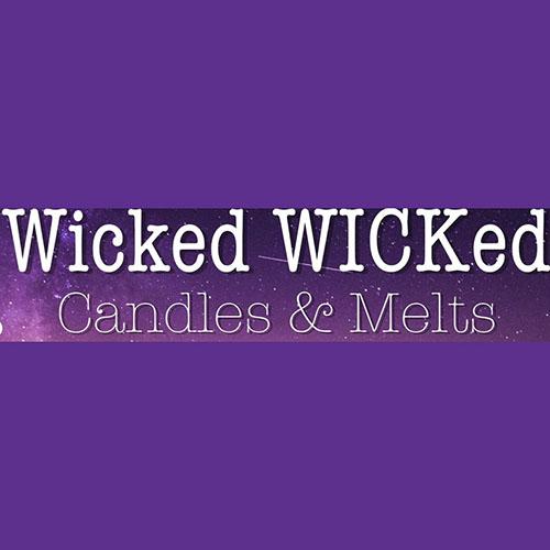Junior Sarah Grace Clayton Applies English Skills to Candle Business