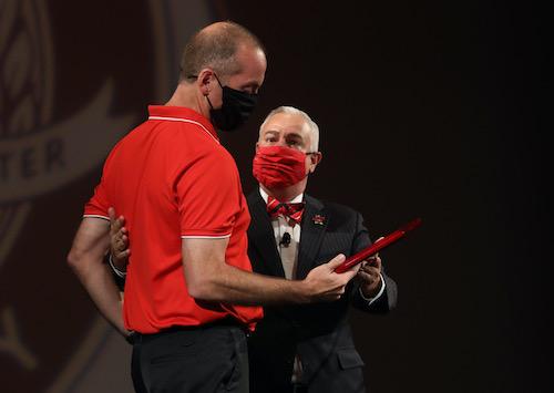 Volleyball Coach Travis Hudson receives Spirit of WKU Award