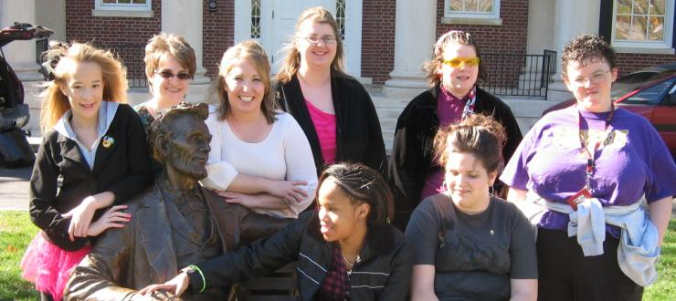 KAP participants with Abe Lincoln statue at WKU