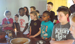 felts_house_cooking_kids