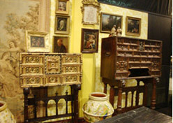 Snell-Franklin decorative arts gallery