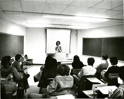 Students listening to a psychology lecture.