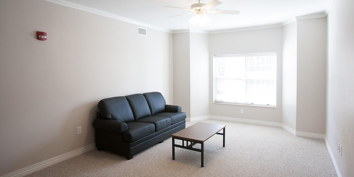 WKU Apartments at 1355 Kentucky Street Living Room