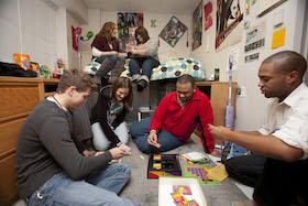 WKU Students in Dorm Room