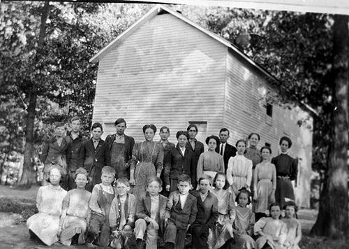 "The Polkville School sat upon a lot with ""plenty"" of trees. (Courtesy of Library Special Collections, WKU)"