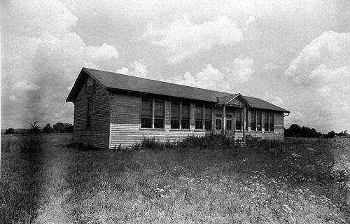 This two-room school was constructed in 1936 and lit with glass bowl kerosene lamps. (Courtesy of Library Special Collections, WKU)
