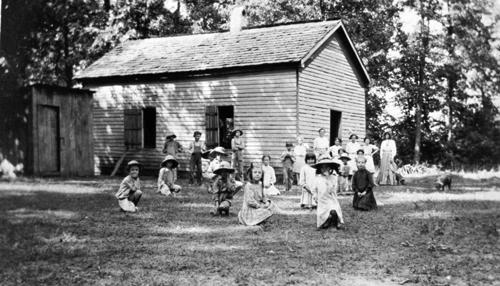 The Liberty and Smithland Schools combined in 1914. As a result Liberty's enrollment jumped from 51 in 1909 to 150 in 1918. (Courtesy of Library Special Collections, WKU)