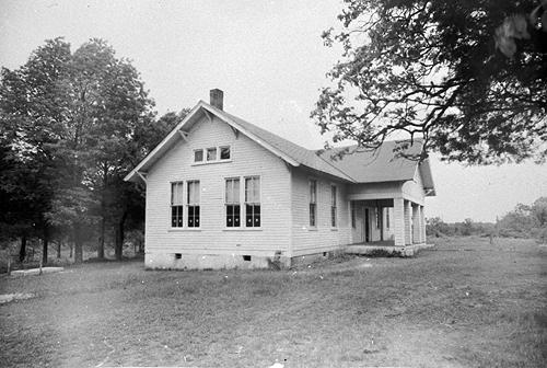 The 1925 Green Hill two-room schoolhouse was naturally lit. (Courtesy of Library Special Collections, WKU)