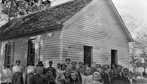Mrs. Quince Cox schooled an average of 29 students at the Ellis School in 1920. The Ellis School sat beside the Mars Hill Church. (Courtesy of Library Special Collections, WKU)