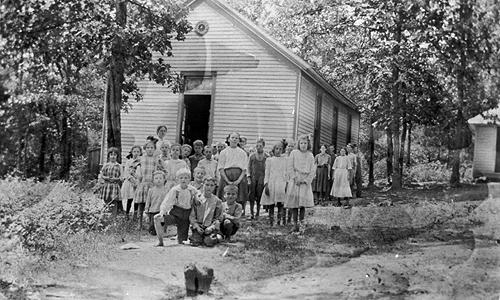 Stephens Chapel enrolled 120 students in 1921. As was the case with other county schools only a portion actually attended. The school reported an average of 74 students in 1921. (Courtesy of Library Special Collections, WKU)