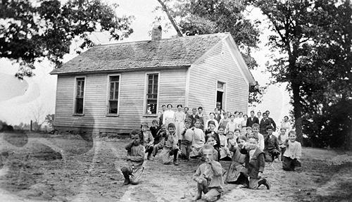 Mrs. V.P. Bradburn taught an average of 21 students at the Cave Spring School in 1919. (Courtesy of Library Special Collections, WKU)