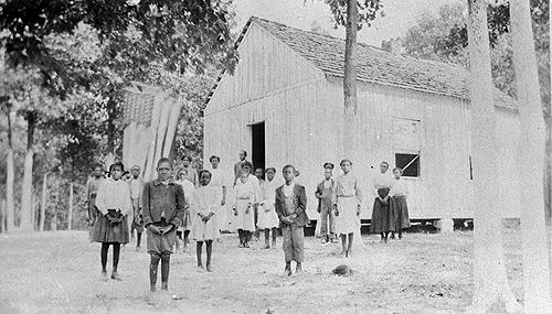 Schoolteachers between 1909 and 1918 included: Anna L. Wallace (1909); F.J. Buford (1910-14); Edith Woods (1915-16); Charles Morton (1917); Edith Woods (1918-19); C.S. Morton (1920); and,Charity McCutchon (1921-22). (Courtesy of Library Special Collections, WKU)