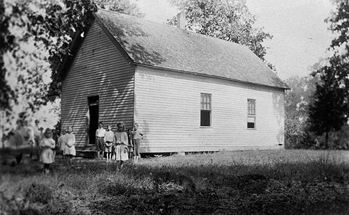 Mt. Pleasant's shingled roof covered the 22'x40' schoolhouse. (Courtesy of Library Special Collections, WKU)