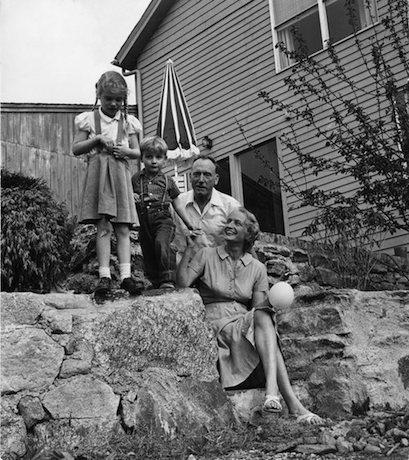 Robert Penn Warren and his family at their home in Fairfield, Connecticut, 1959. Photo by Sam Falk of the New York Times.