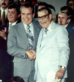 Tim Lee Carter with President Nixon