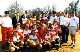 WKU Softball Team with Gary Ransdell