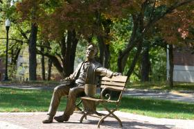 Lincoln Bench