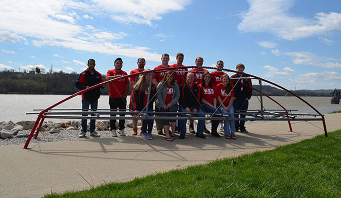 Steel bridge team advances to national competition.