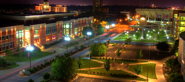 Image of WKU Campus at night