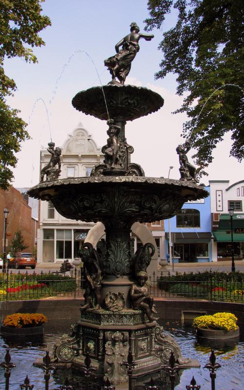 Bowling Green Fountain Square Fountain