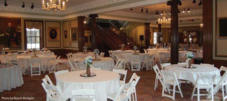 Colonnade The Kentucky Room